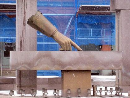 Finger Statue Oslo
