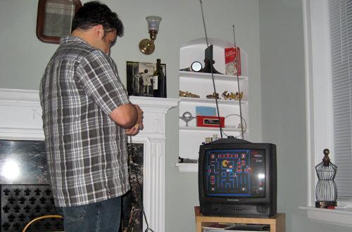 Vahid plays Super Pac-Man
