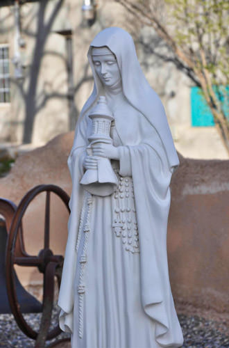 Mary Statue at Asis