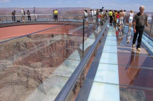 Grand Canyon Skywalk Glass Floor
