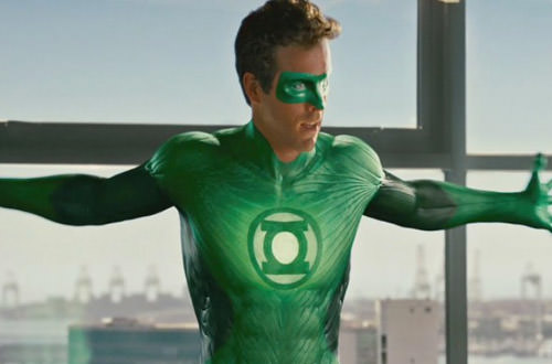Ryan Reynolds in Bad Green Lantern Costume