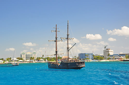 Caribbean Sea Pirate Ship