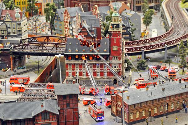 Miniatur Wunderland House Fire!