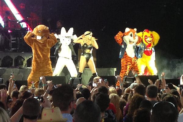 <nobr>Ke$ha</nobr> Animals