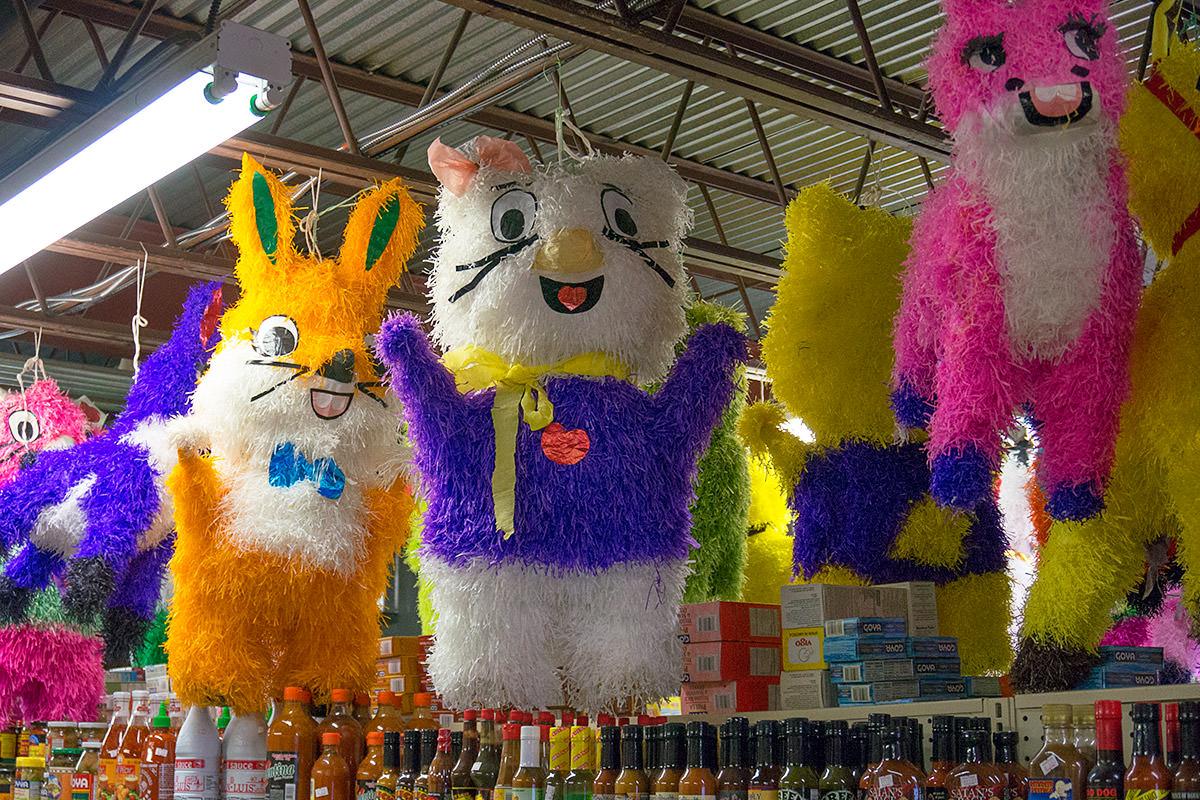 Piñata Market