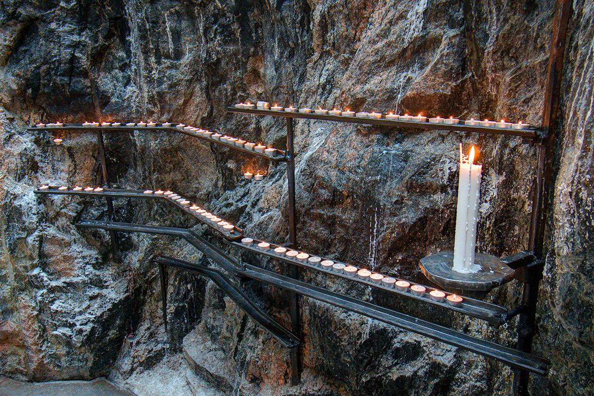 Temppeliaukion Church Prayer Candles