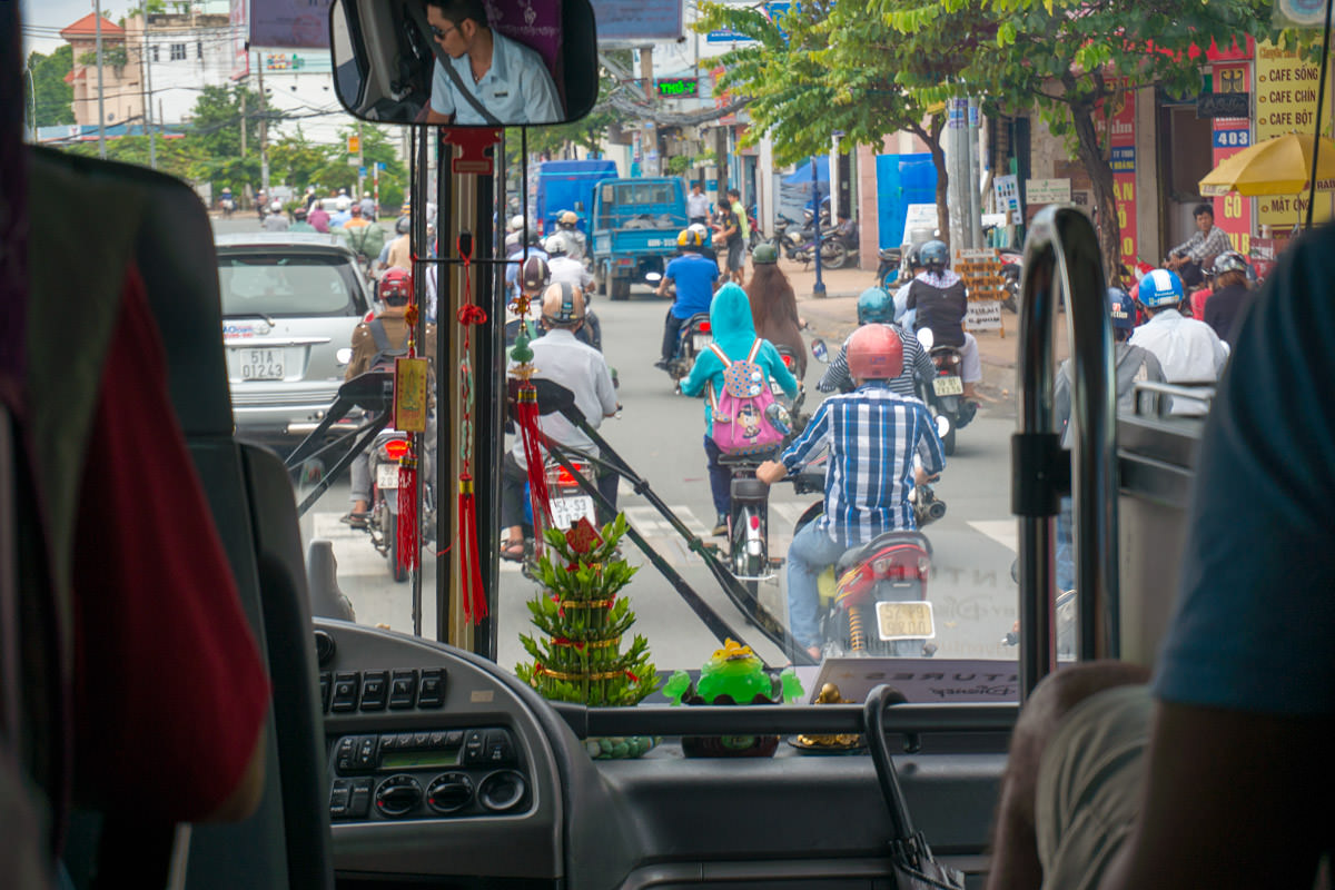 Củ Chi Bus Drive