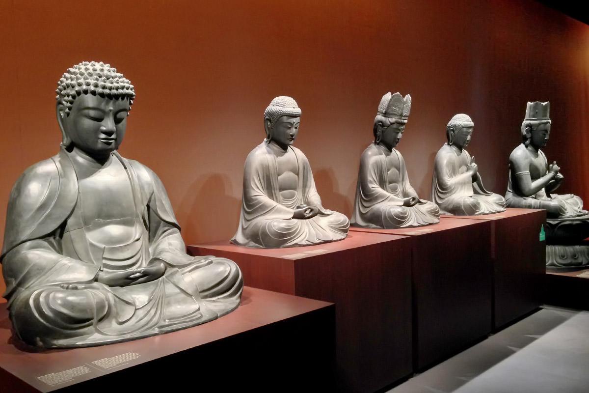 Volkenkunde Buddha Room