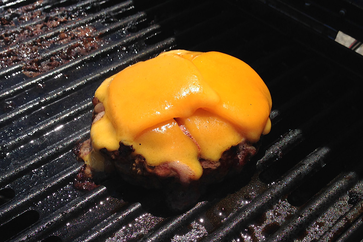 A Pittsburgh Cheeseburger
