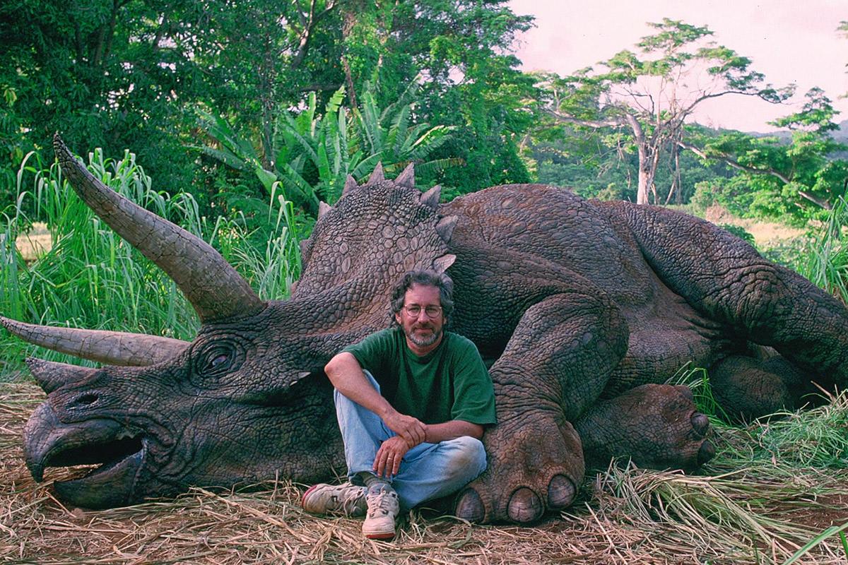 Steven Spielberg, Dinosaur Hunter