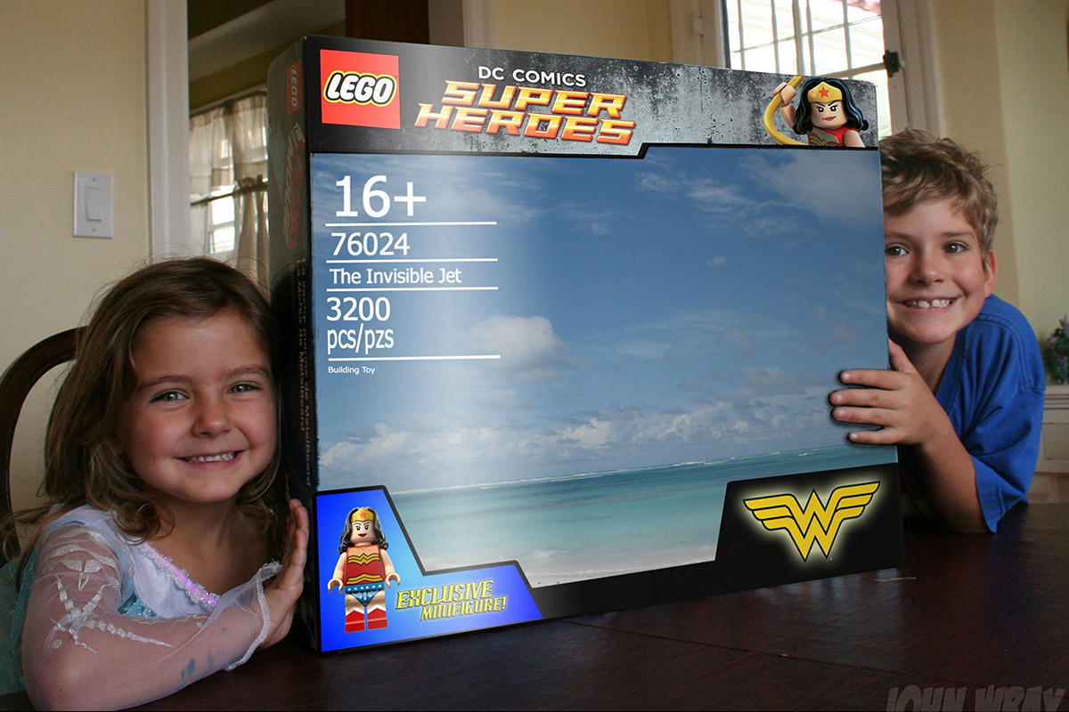 LEGO Wonder Woman Invisible Jet