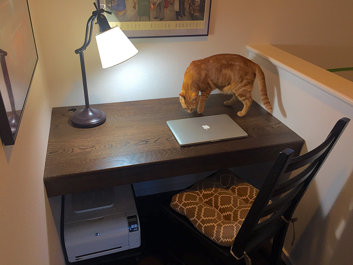 Built-In Nook Desk