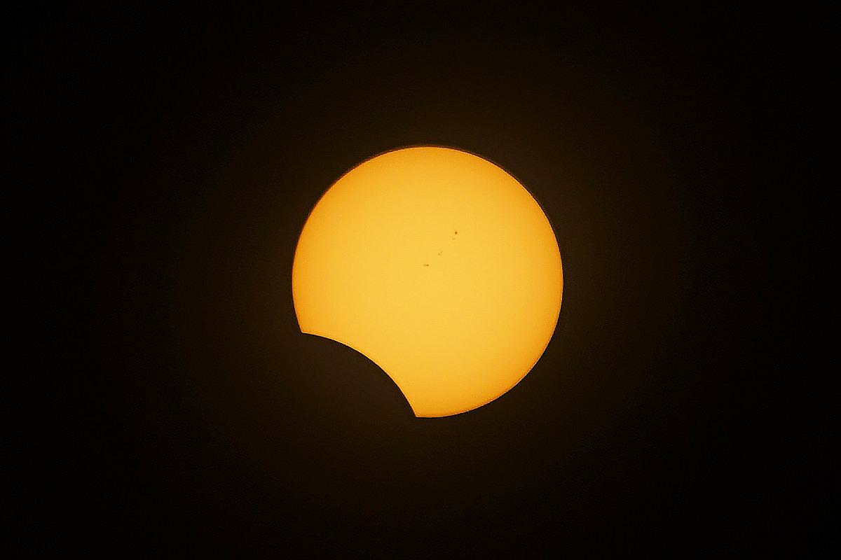 Total Eclipse Finale!