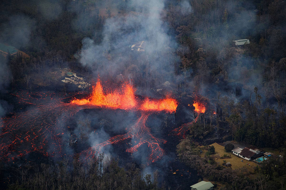 Kilauea Eruption by Bruce Omori from Paradise Helicopters