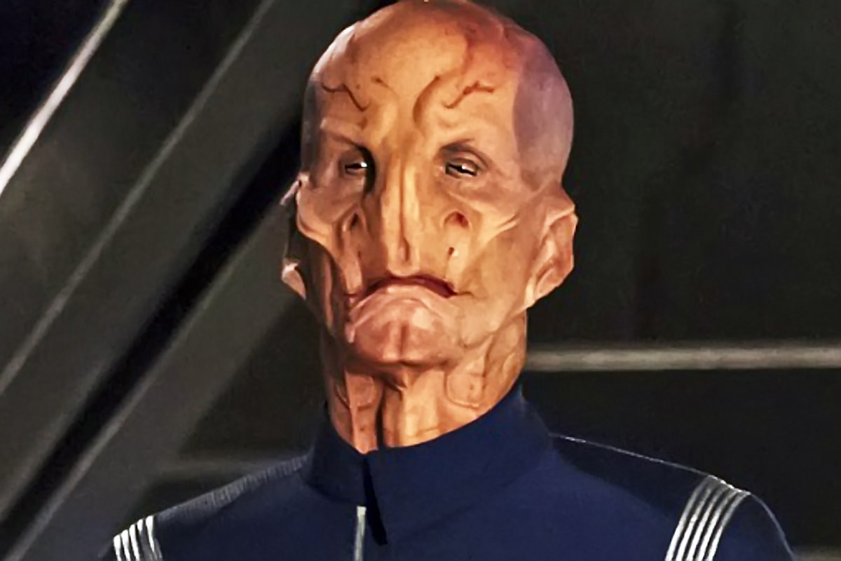 Doug Jones as Saru Star Trek Discovery