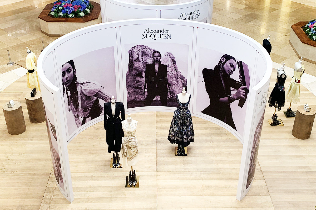 Alexander McQueen Display