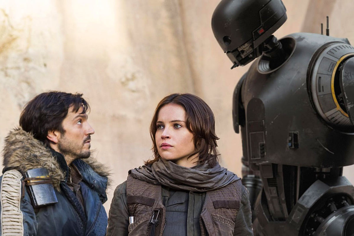 A scene from Star Wars: Rogue One including Cassian and K-2SO.