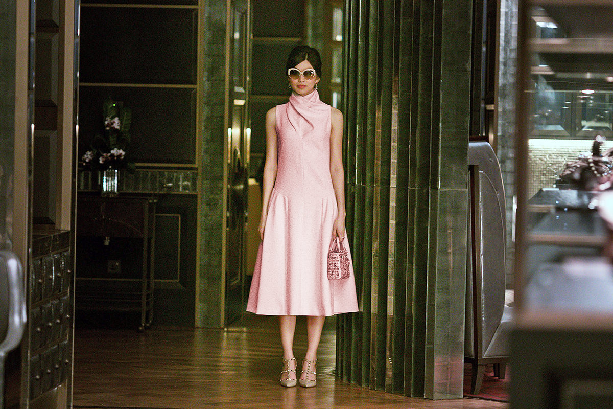 Gemma Chan in Crazy Rich Asians!