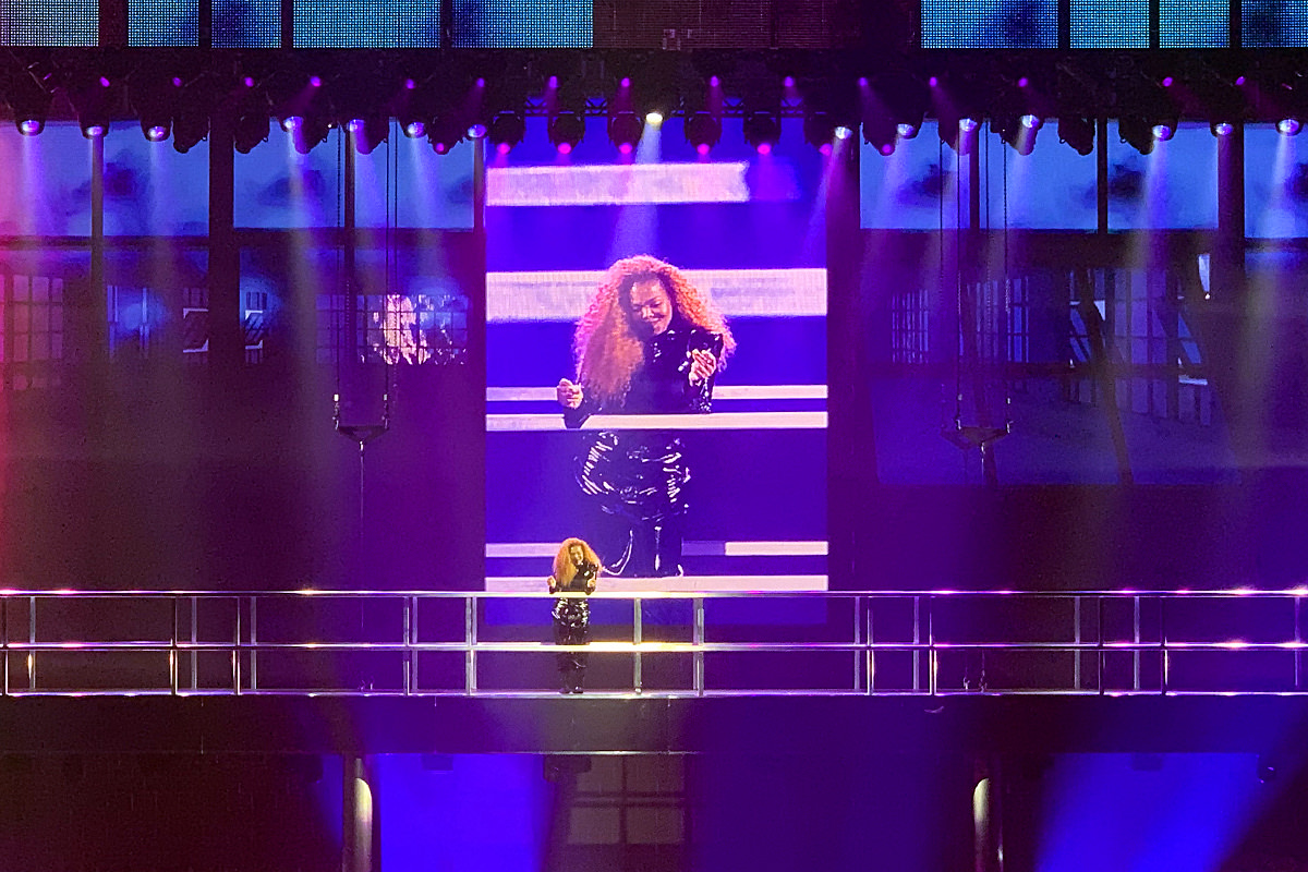 Janet Jackson in concert at The Park Theater in Las Vegas with lights ablazin'