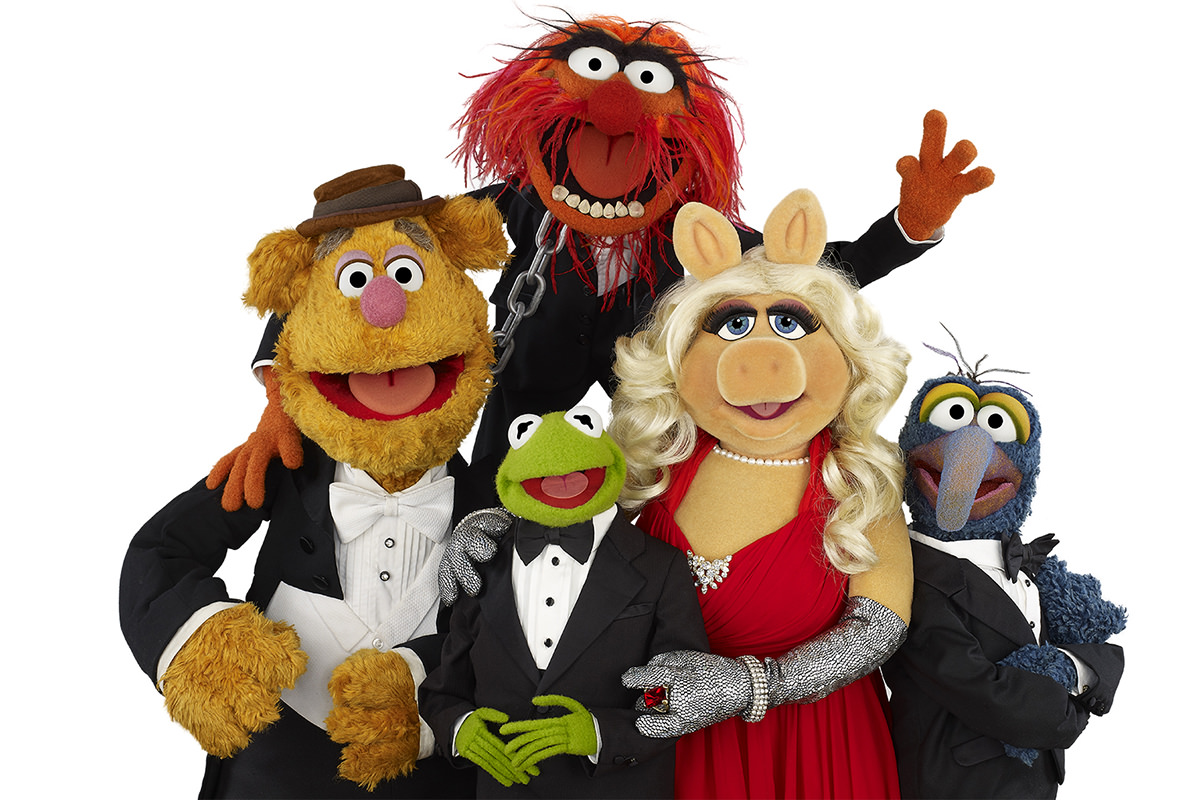 Muppets! Animal, Fozzie Bear, Kermit, Ms. Piggy, and Gonzo.