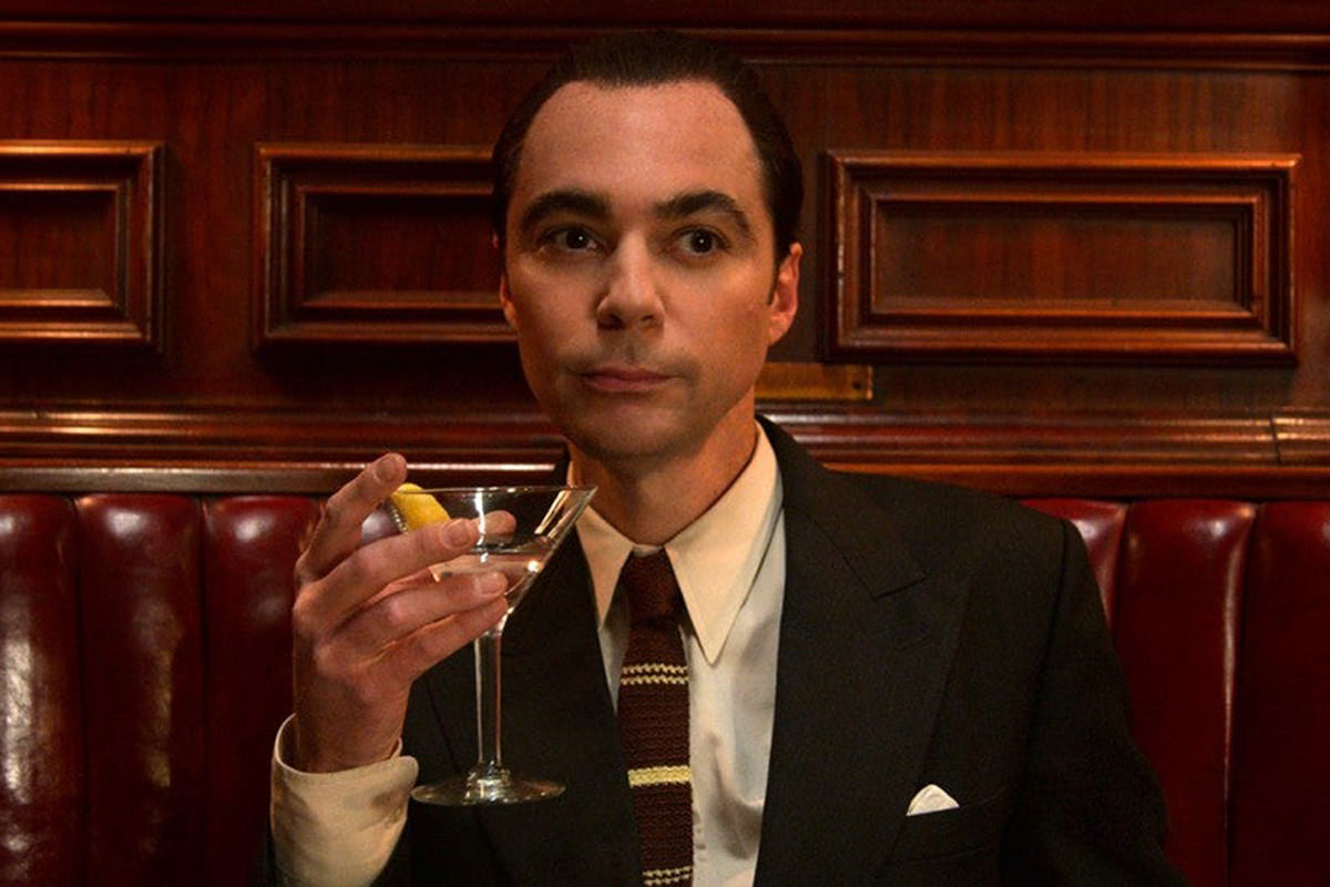 Jim Parsons drinking a martini in a still from HOLLYWOOD.