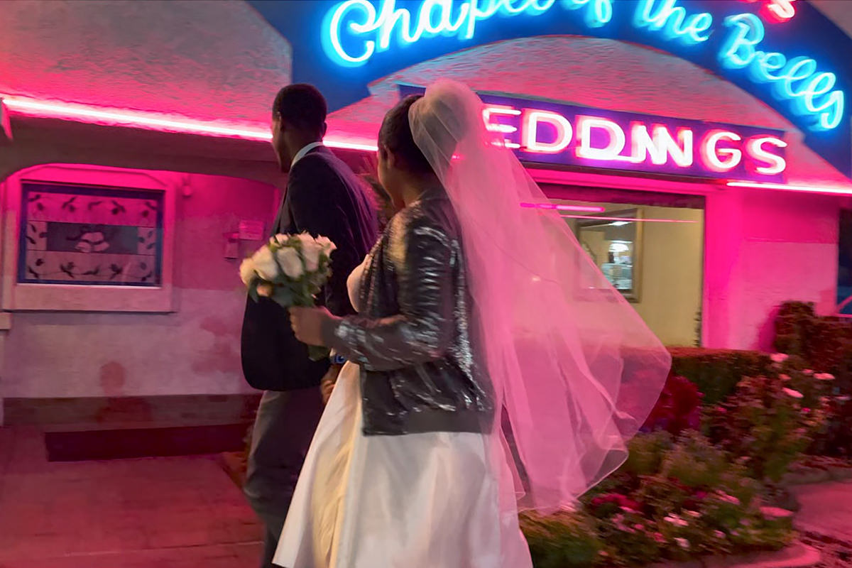 Gorgeous video of a couple getting married in Vegas.