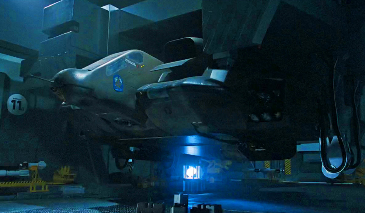 A drop-ship onboard the Sulaco is prepping to depart.