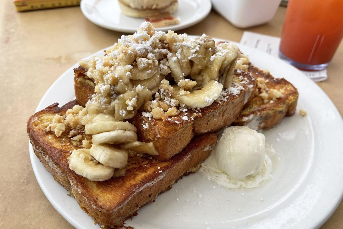 Banana-Macadamia French Toast at The Kihei Caffe